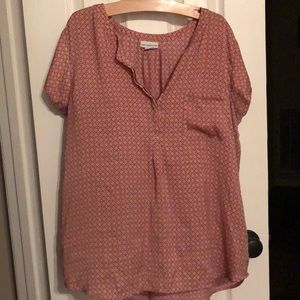 Patterned pink and tan top
